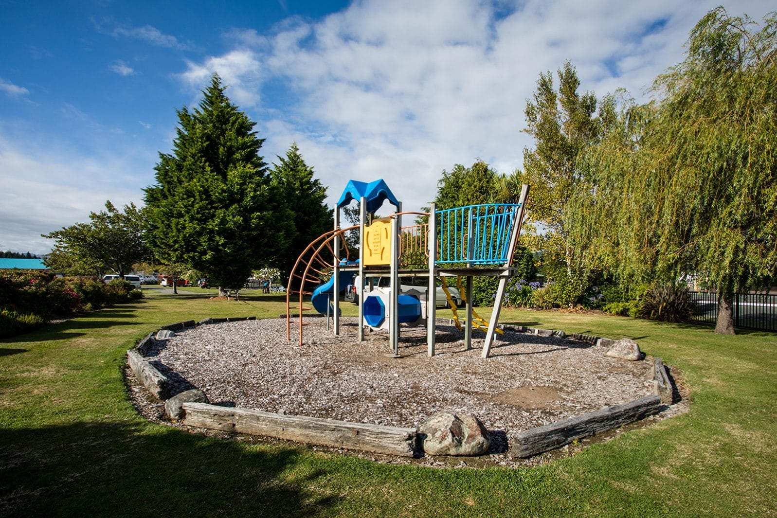 Te Anau TOP 10 Holiday Park - playground