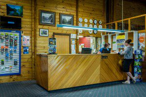 Te Anau TOP 10 Holiday Park - Reception